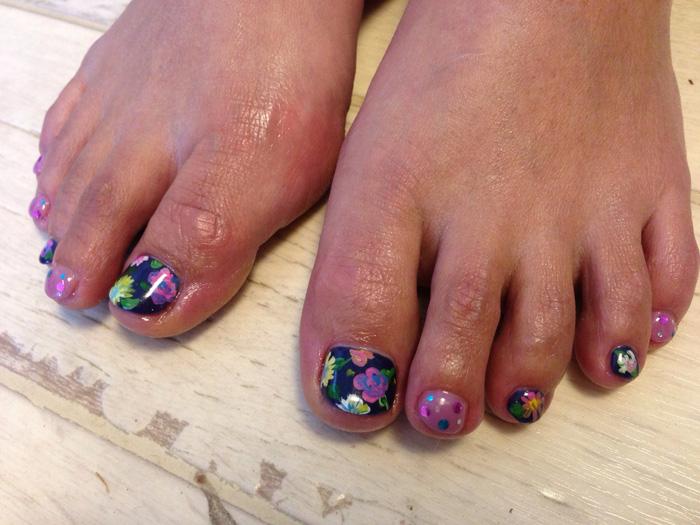 花柄ネイル footnail